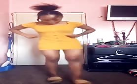 Dancing with no panties and twerking